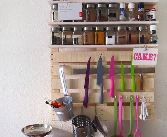 Organizador de utensilios de cocina con un palet i love for Cocinas hechas con palets