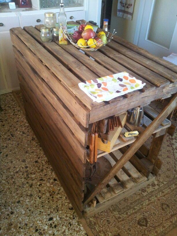 Propuestas de islas para la cocina con palets i love palets - Como hacer una barra con palets ...