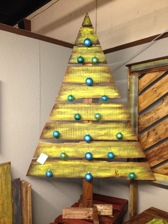 Rboles de navidad muy econ micos y originales con palets Christmas trees made out of wood