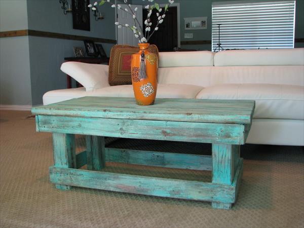 mesa de salón con palets