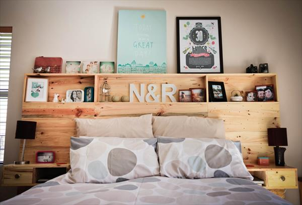 Un cabecero de cama de palets con almacenaje i love palets - Cabecero con almacenaje ...