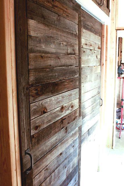 Forrar puerta de hierro con madera materiales de construcci n para la reparaci n - Arreglo de puertas de madera ...