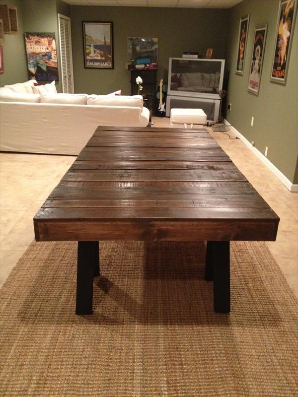 3 mesas de comedor hechas con palets muy elegantes i for Living comedor con palet de madera