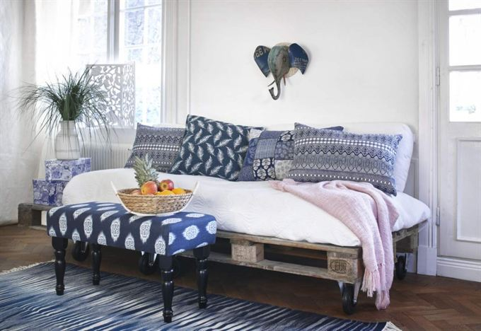 Un sof de palets bueno bonito y barato i love palets - Sofa de palets ...