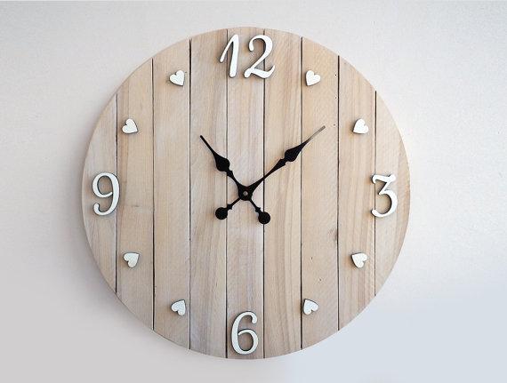 10 relojes muy originales hechos con palets i love palets for Relojes de cocina modernos