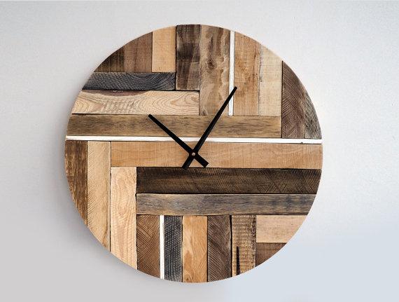 10 relojes muy originales hechos con palets i love palets - Relojes para decorar paredes ...