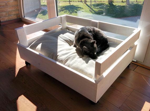 cama de palets para mascotas