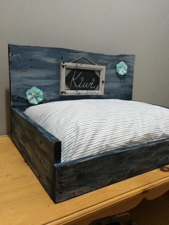 cama para mascotas de palet