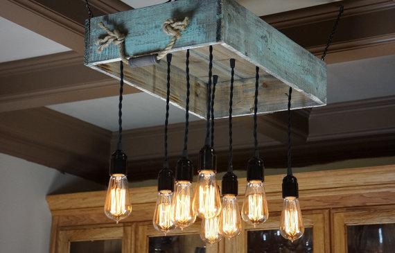 5 propuestas de l mparas de techo de palets elegantes y for Living comedor con palet de madera