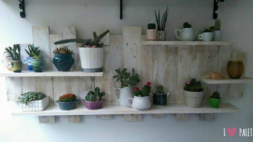estantería de pared