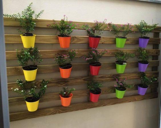 Prep rate para la primavera con estos jardines de palets for Jardines pequenos originales