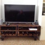 mueble de palets para televisión