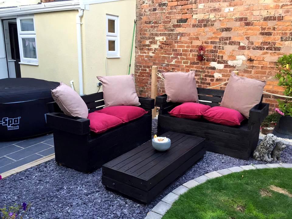 Estilos de muebles de terraza hechos con palets ¿Con cuál te quedas