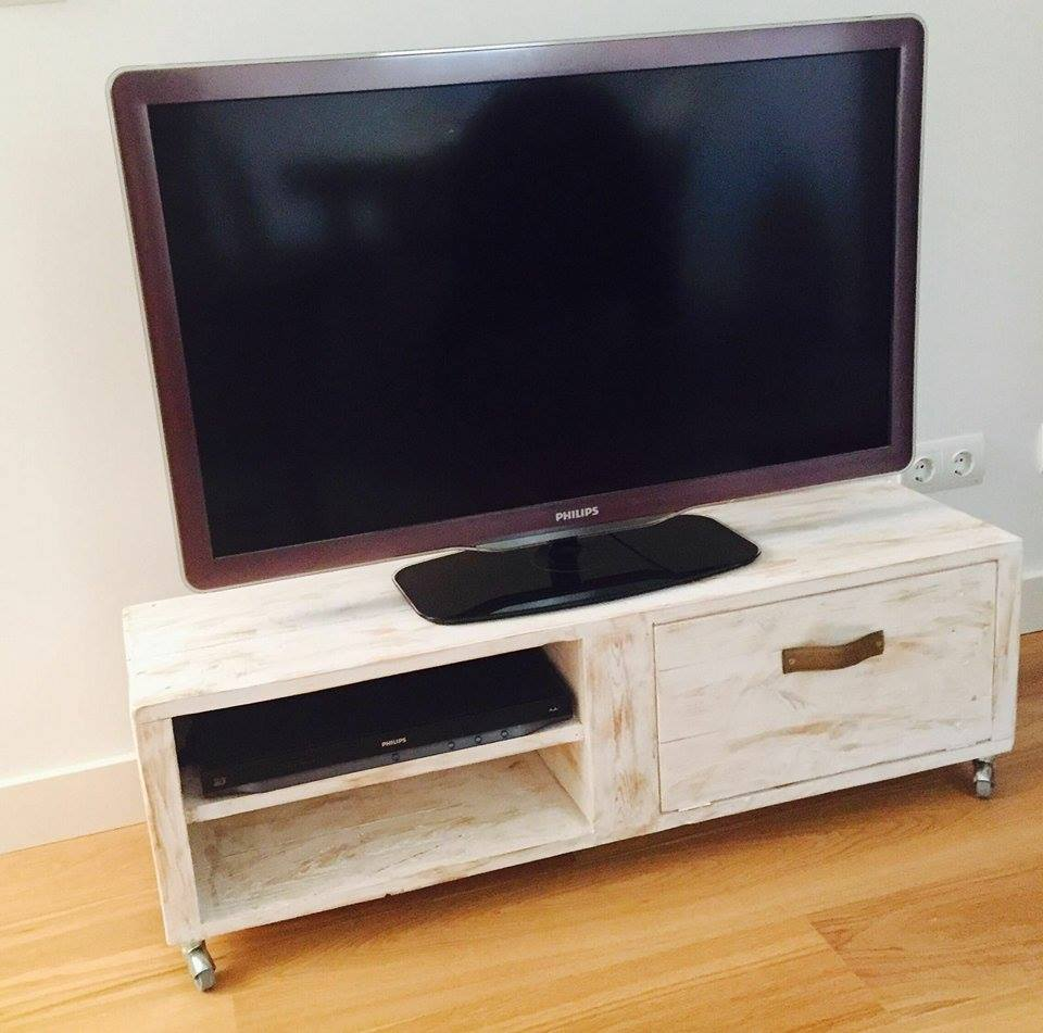 Muebles para la television de palets - Muebles de tele ...