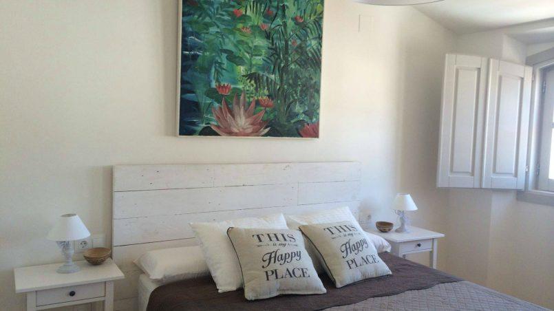 Conjunto de muebles de palet en blanco para decorar una - Decorar muebles blancos ...