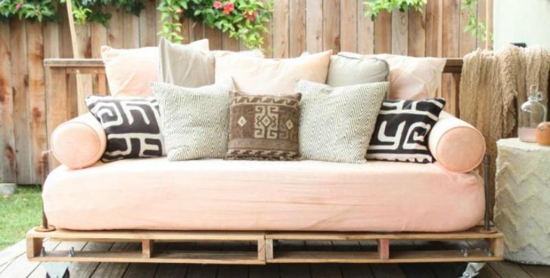 como hacer un sofa de palets