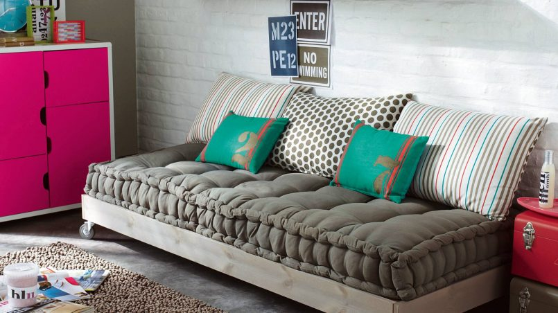 ideas de futones con palets i love palets. Black Bedroom Furniture Sets. Home Design Ideas