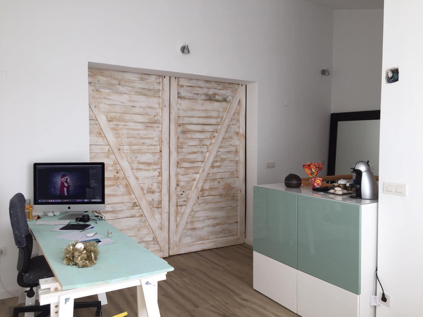 puerta corredera con palets