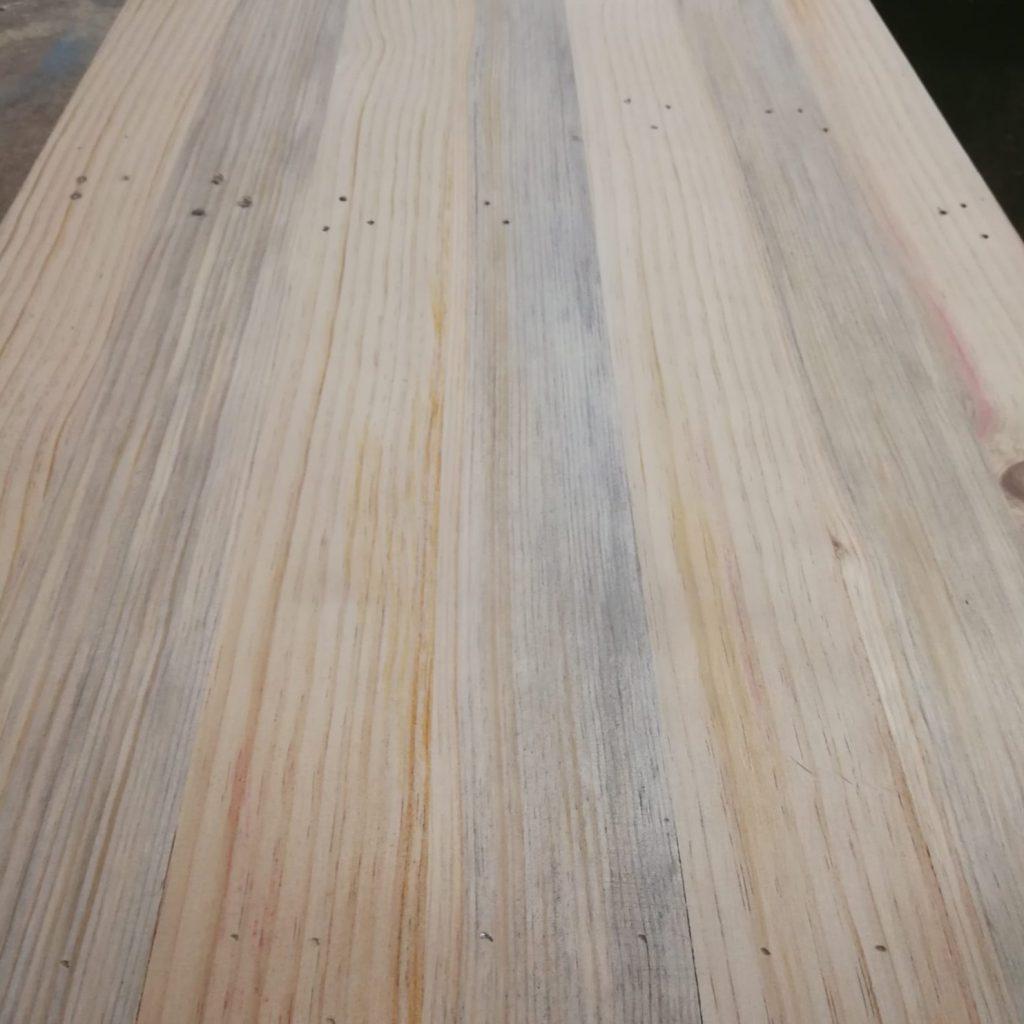 mesa elevable con palets