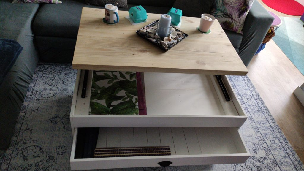 mesa elevable con cajón